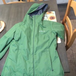 Green Columbia rain jacket/coat. Worn once!